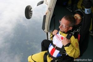 parachute jacques 2.jpg